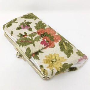 VINTAGE | embroidered kiss lock wallet